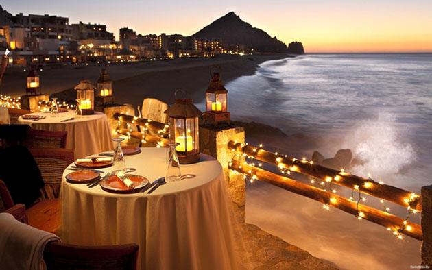 otelde romantik akşam yemeği