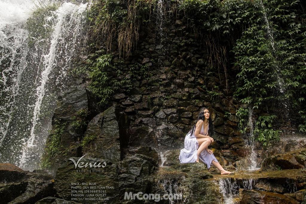 Image Linh-Miu-tha-rong-nguc-MrCong.com-007 in post Linh Miu táo bạo thả rông ngực trong bộ ảnh chụp dưới thác nước