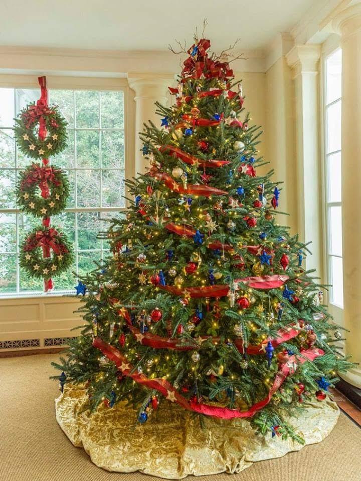 Rboles de navidad decoraci n moderna y tradicional - Decoracion navidad moderna ...