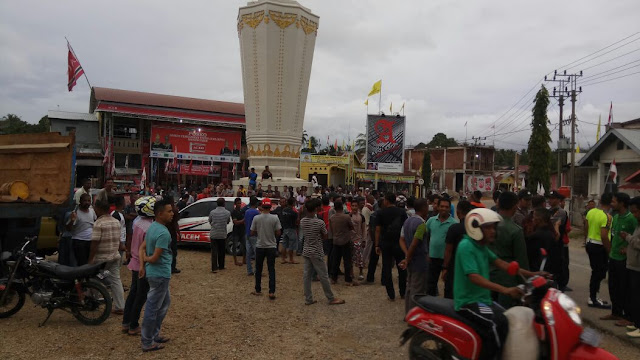 Warga Krueng Sabee Marah Karena Bendera Partai Aceh Dibakar