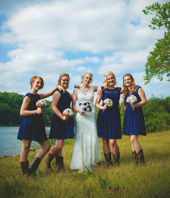 navy burlap and lace bridal bouquet