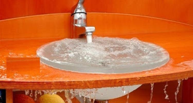 طريقة سهلة جدا وسريعة فى تسليك الحوض المسدود فى ثوانى بدون الحاجة للسباك