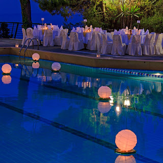Best Performance in The Pool Decorations, Swimming Pool Decorating ideas