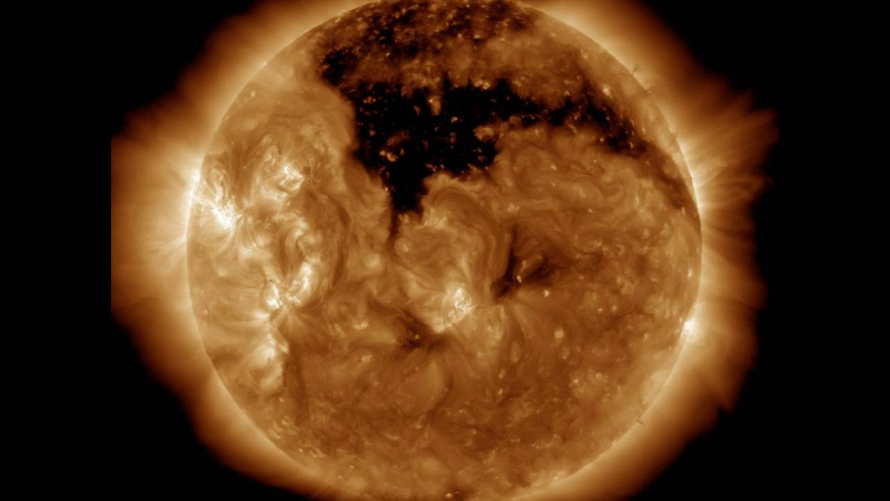 O Sol não funciona por fusão nuclear como alegam