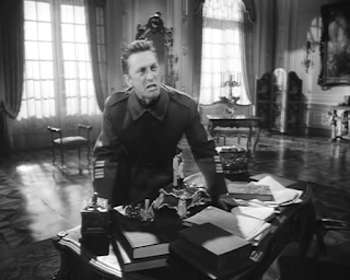 kirk douglas as colonel dax, loses his cool, abuses the General George Broulard