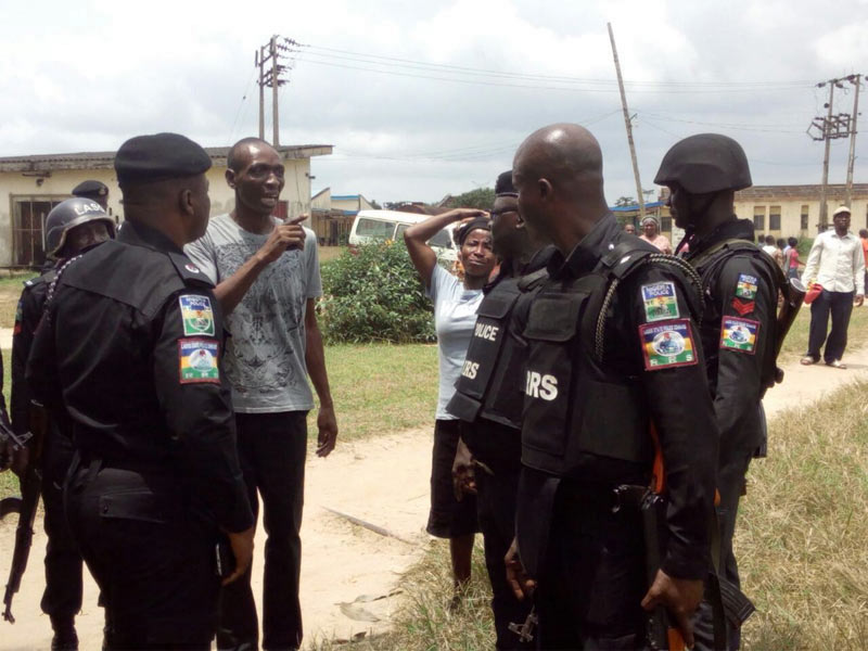 Kidnapped schoolchildren and teachers released by abductors