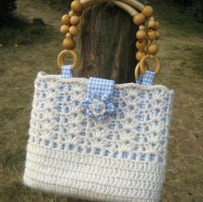 Delicadezas en crochet Gabriela 25 Moldes de Bolsos en ganchillo