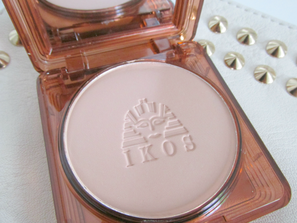 IKOS Wet & Dry Professional Makeup