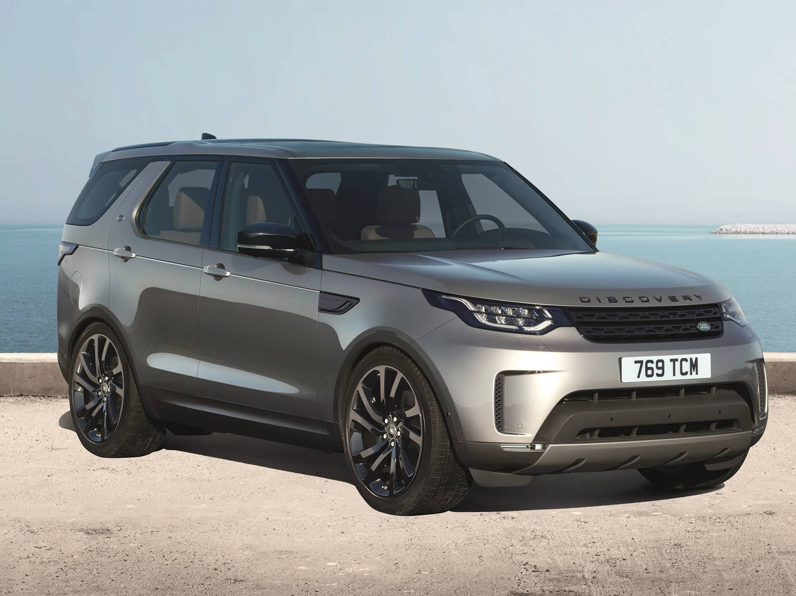 land rover discovery 2017 fotos e especifica es oficiais car blog br. Black Bedroom Furniture Sets. Home Design Ideas