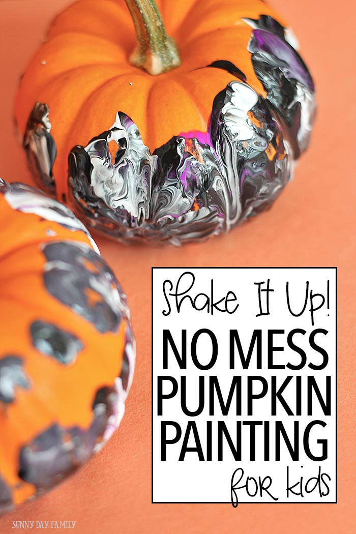 A fun no mess pumpkin painting activity for kids - perfect for Halloween! Get kids moving with this easy Halloween craft - perfect for kids of all ages. Even toddlers and preschoolers can make these gorgeous painted pumpkins (and it's fun for adults too!)