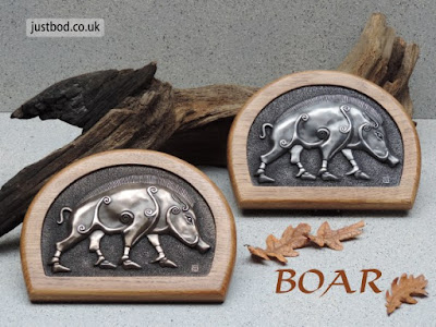 Boar - bronze & oak wall plaque of a Pictish Boar from Justbod