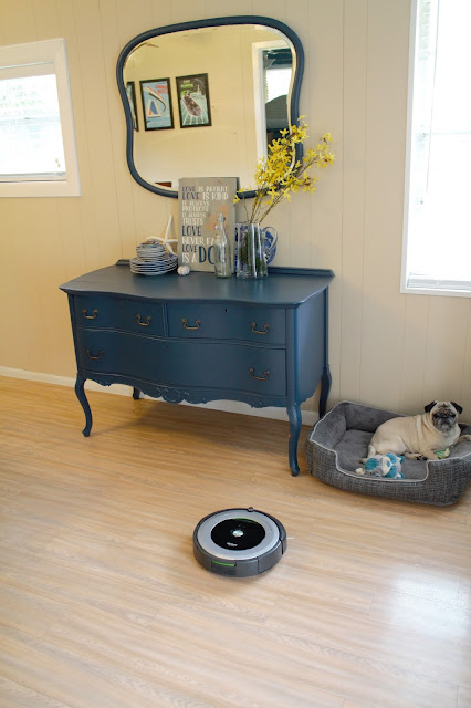Roomba // Pugs & Pearls Blog