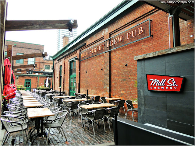 Distillery Historic District: Mill St. Brewery