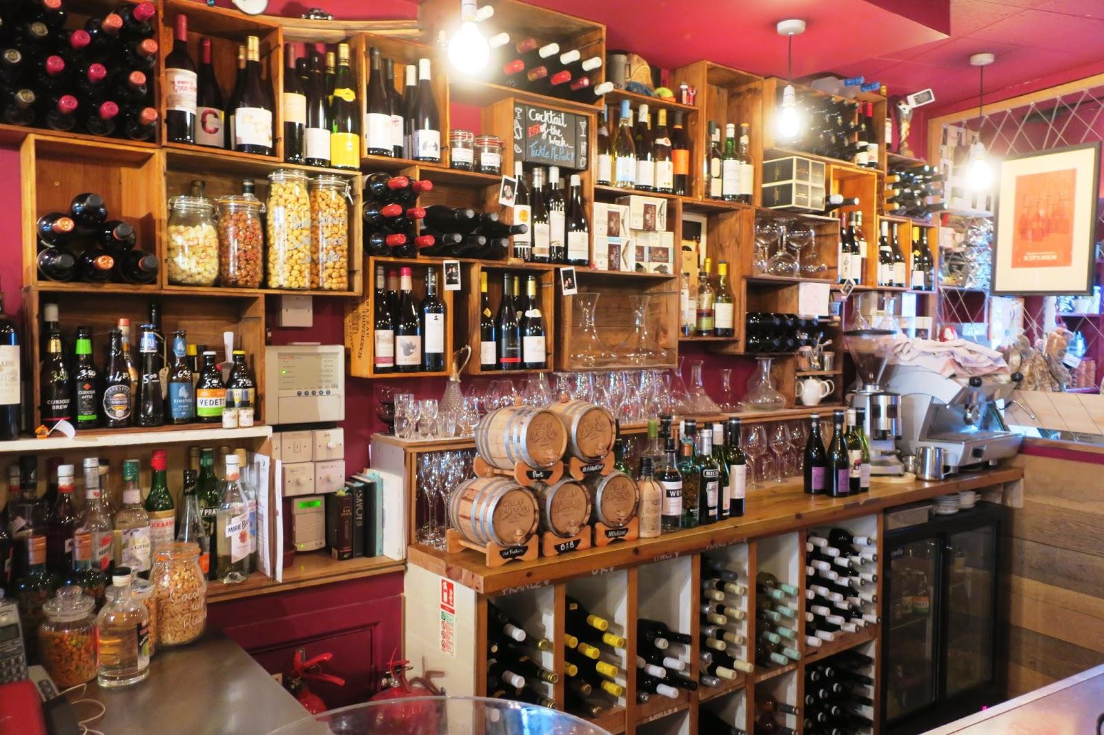 Urbina Vinos Blog: Cellar Magneval Wine Bar & Caveau in Woking Town ...