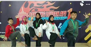 Keren, Siswa Siswi MTS.N 5 Majalengka Sabet 5 Medali Pada Kejuaraan Pencak Silat Bandung Lautan Api