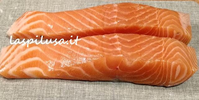 Gravlax: il salmone marinato sale e zucchero