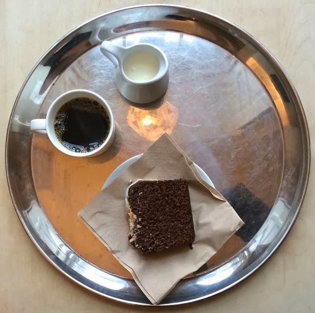 Breakfast in London // Fernandez & Wells