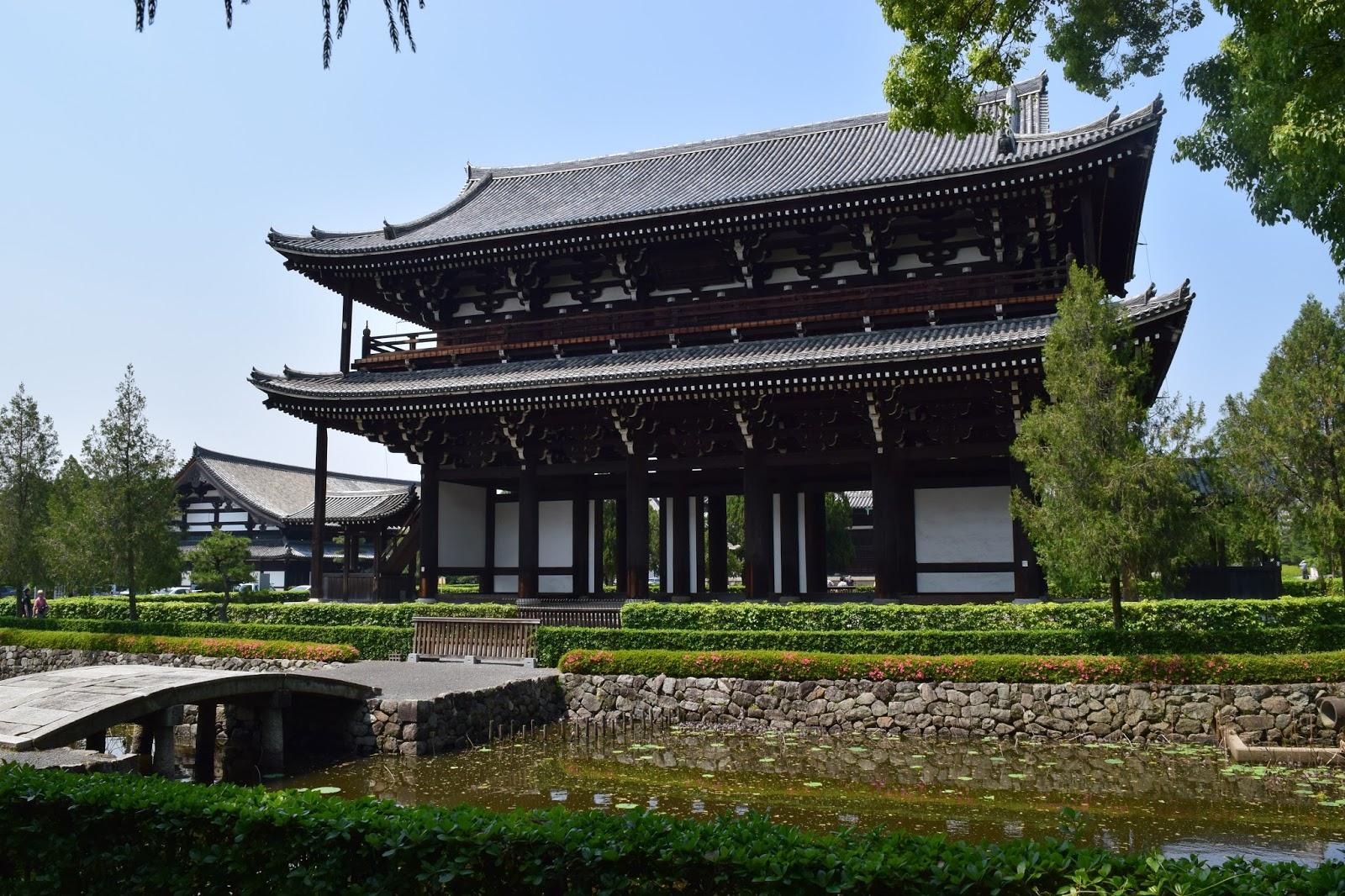 Tofukuji Sanmon Gate