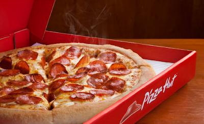 Pizza Hut cria tatuagem para pedidos delivery