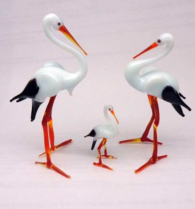 21-Stork-Family-Nikita-Drachuk-Glass-Symphony-with-Lampwork-Glass-Animals-www-designstack-co