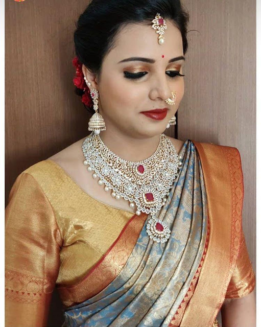 Brides in broad diamond sets