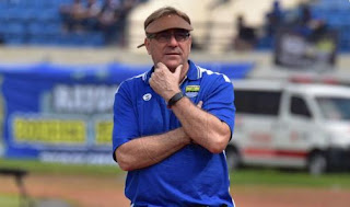 Komentar Robert Rene Usai Persib Disingkirkan Borneo FC di Piala Indonesia