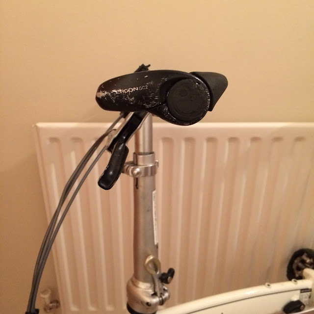 Ergon GC2 grips from the side fitted to Dahon Mu P8