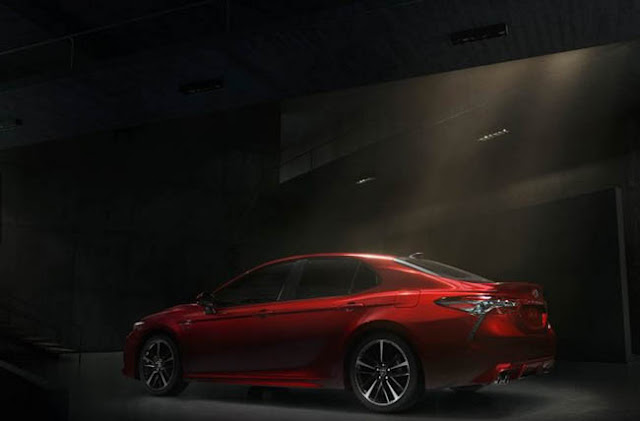 2018 Toyota Camry Design