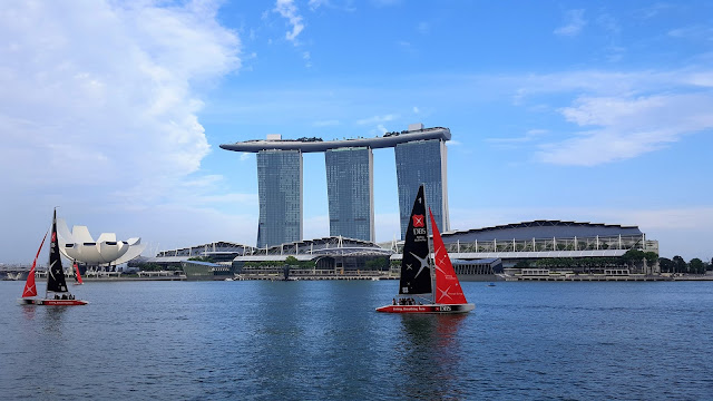 Marina Bay Sands Hotel - view from the Merlion Park