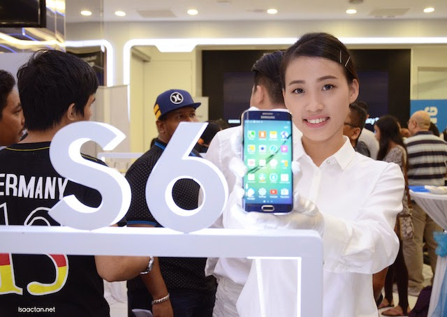 Samsung Galaxy S6 And S6 edge Consumer Launch @ Samsung Experience Store, The Gardens Midvalley