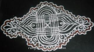Varalakshmi-Vratha-rangoli-02a.jpg