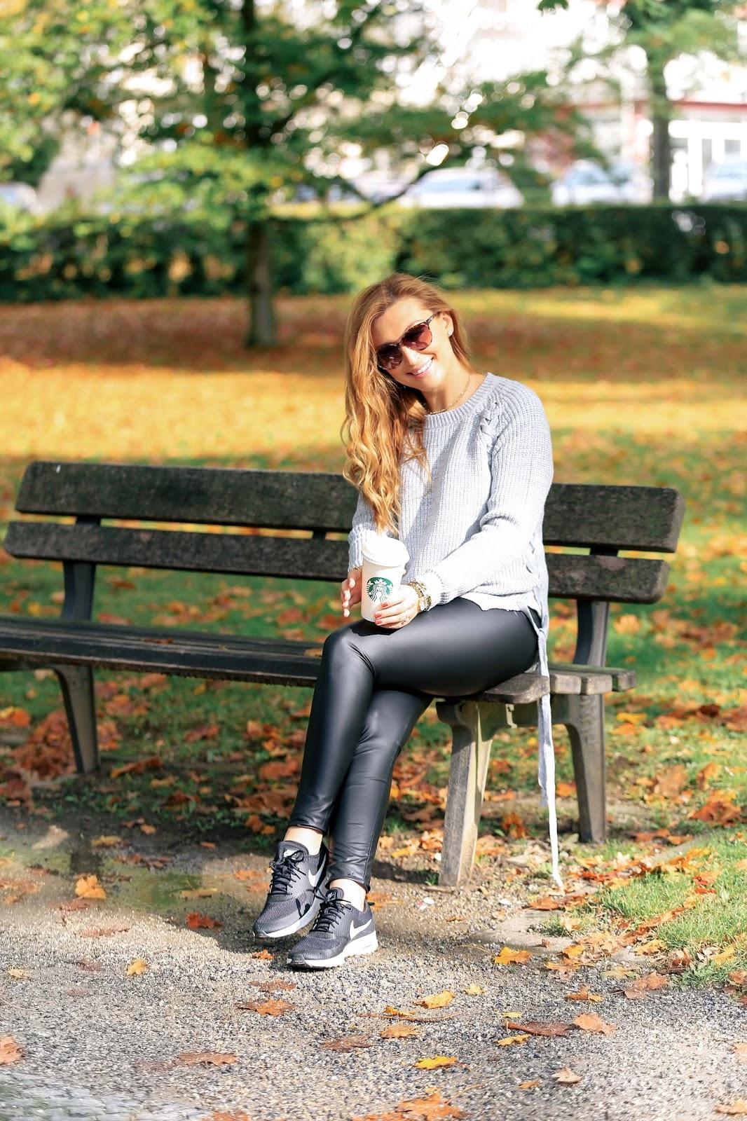 Modeblogger-aus-deutschland-Nike-Thea-schwarze-nike-schuhe-blogger-mit-nike-schuhen-wie-style-ich-Nike-schuhe-sportlich-schicker-look