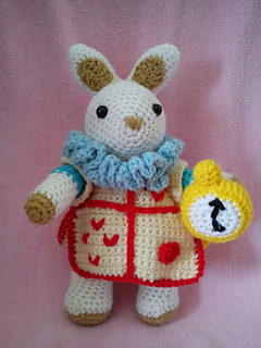 free White Rabbit crochet pattern