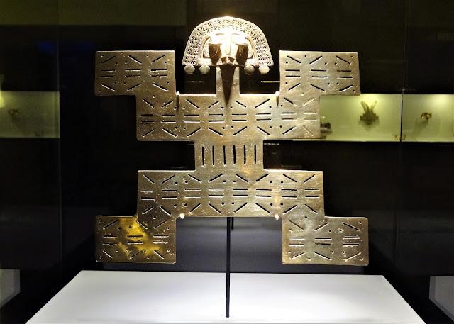 ジャガーは金と太陽に関係