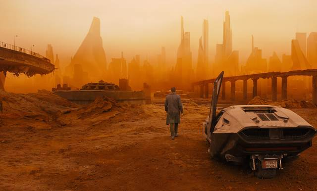 Blade Runner 2049, Directed by Denis Villeneuve, desolate Los Angeles, California