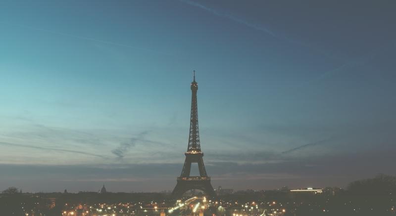 Jak tanio podróżować po Francji?