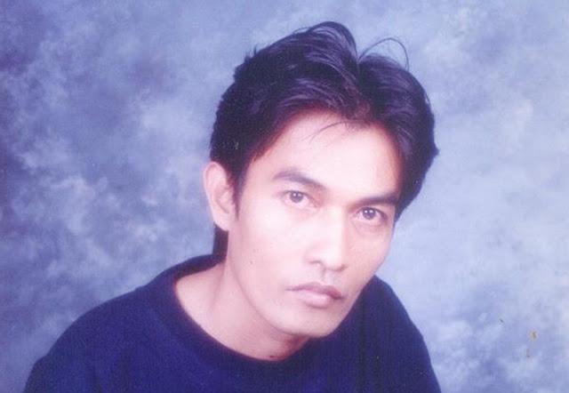 Profil Akhmad Sekhu