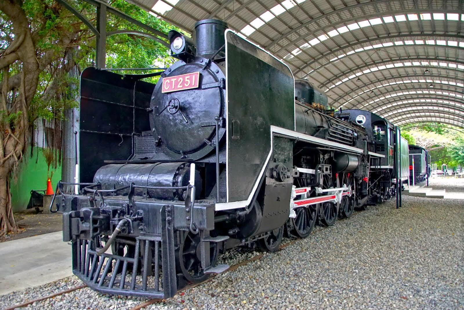 [台南][南區] 原台灣總督府蒸汽機關車|C551、D512|台南體育公園|遊記
