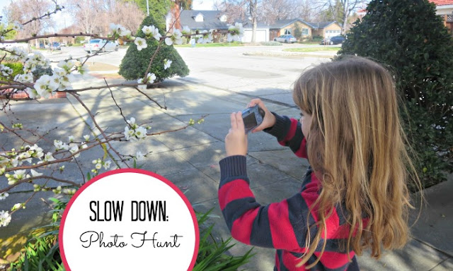 Mindful living with photography: a spring photo hunt