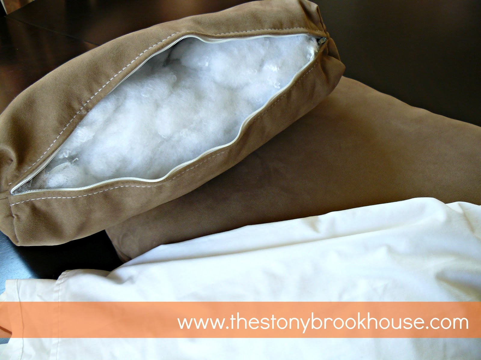 DIY Cheap Easy Pillow Forms  The Stonybrook House