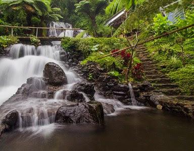 Wisata Air terjun Jembong Di Bali Yang Romantis