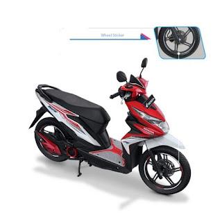 Sepeda Motor Honda Beat Street 7