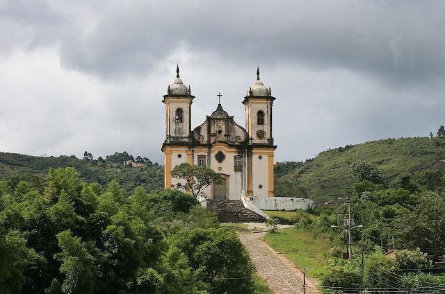 Top 5 igrejas para visitar em Ouro Preto - Igreja São Francisco de Paula