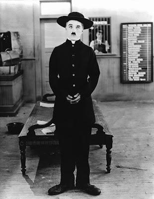"""Чарли Чаплин в фильме """"Пилигрим"""" (The Pilgrim) (1923) 1"""