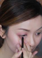 Apply lower inner rim with wireless eyeliner from moonshot.