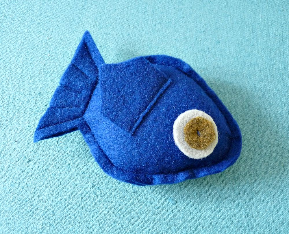 Make Your Own Easy Catnip Toy