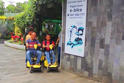 sewa ebike di jatim park wisata indonesia malang batu secret zoo dan eco green park nurul sufitri mom lifestyle blogger