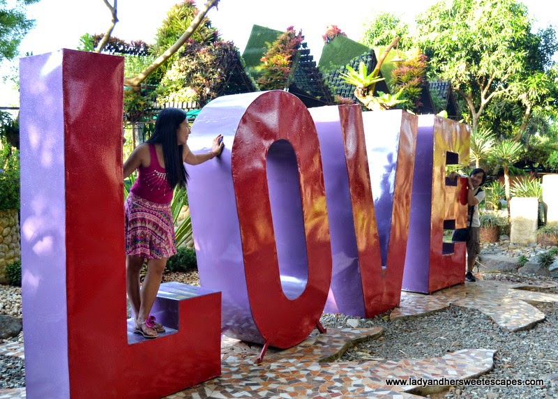Love at Baker's Hill in Puerto Princesa