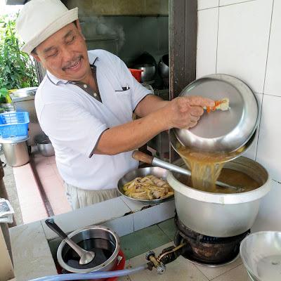 Restoran-Tong-东肉骨茶馆-Taman-Skudai-Baru-Johor