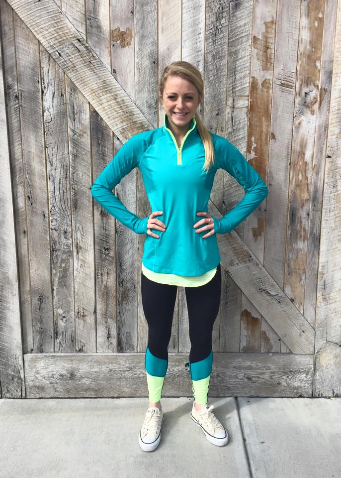 lululemon-blue-tropics trail-bound-half-zip-7/8-tight